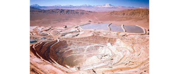 Menores leyes del mineral y mayores costos en Chile