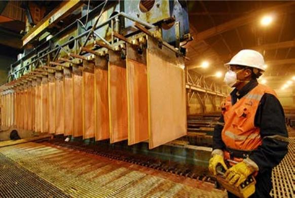 SNMPE: las exportaciones cupríferas cayeron 12% entre enero-mayo